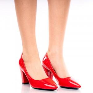 Pantofi dama din lac cu toc mediu gros Rita rosu