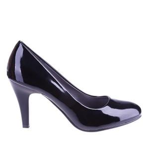 Pantofi din lac Gisela Matar