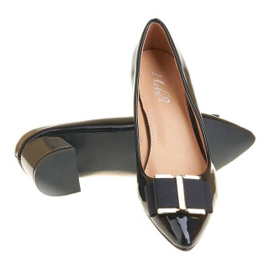 Pantofi office stiletto cu toc mic din lac Layla negru