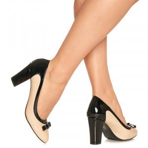 Pantofi cu toc mediu gros din lac Sabrina bej cu negru