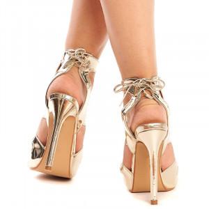 Sandale cu toc inalt si barete aurii Melania