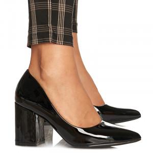 Pantofi cu toc gros mediu din lacCamilia negru