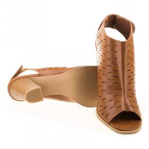 Sandale cu toc la moda Rosalia camel