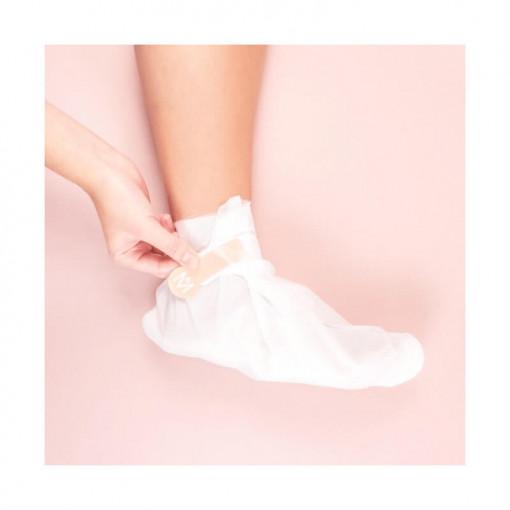 Meme Cosmetics, Sosete hidratante, sindrom mana-picior, piele uscata_1