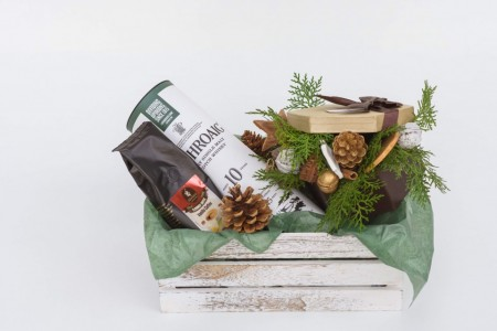 Christmas pack with whisky