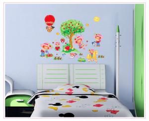 Sticker perete Capsunica 60x90cm