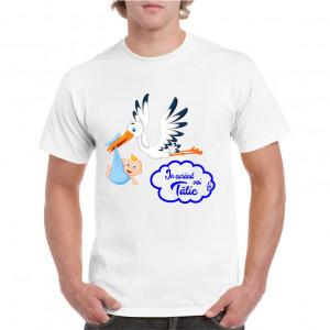 Tricou personalizat barbati alb In curand voi fi tatic (baietel)