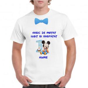 Tricou personalizat barbati alb Nasic de Motat Iubit si Rasfatat
