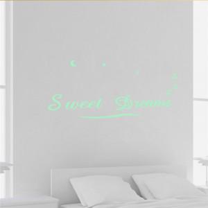 Sticker perete Glow in the Dark Sweet Dreams