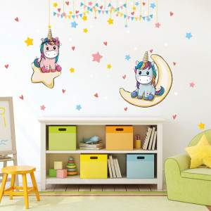 Sticker perete Unicorn pe Luna