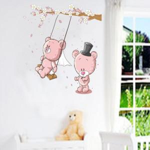 Sticker decorativ pentru perete ursuleti roz in leagan 3