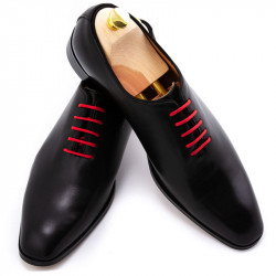 Pantofi negri din piele lustruita