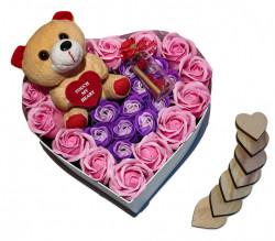 Trandafiri de sapun parfumati in cutie inima, 23 cm + ursulet plus cu sunet + sticluta cu mesaj