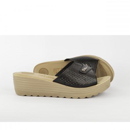 Ženske papuče na platformu TP02510CR crne