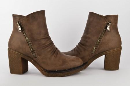 Postavljene ženske čizme na štiklu LH5164 braon