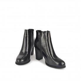 Ženske duboke cipele na štiklu LH051712CR crne