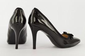 Ženske cipele na štiklu - Salonke L33009-1 crne