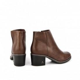 Ženske poluduboke čizme na štiklu LH050519BR braon