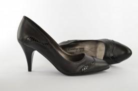 Ženske cipele na štiklu 215 crne