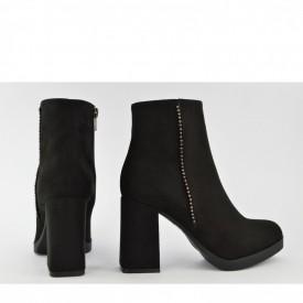 Ženske poluduboke čizme na štiklu 501CR crne