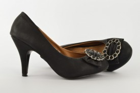 Ženske cipele na štiklu 1046-28 crne