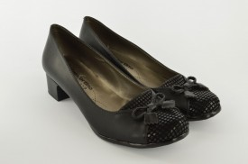 Ženske cipele na štiklu 220 crne