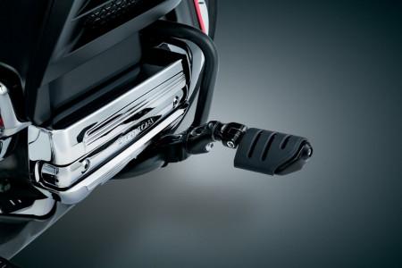 Bukócsőre szerelhető fekete lábtartó rövid karral kép