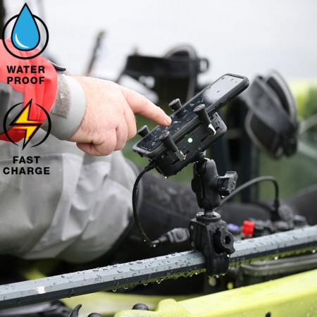 RAM® Tough-Charge™ X-Grip® Technológiás telefontartó, vízálló vezeték nélküli töltővel kép