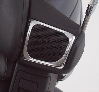 Krómozott keretek hátsó hangszórórácsra (2006-tól) kép