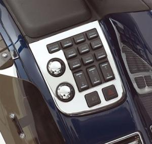 Króm burkolat bal oldali rádió vezérlő kapcsolókra (2006-tól)