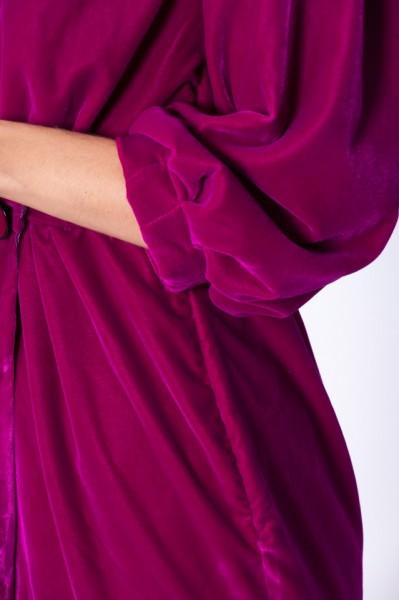 Rochie fucsia din catifea cu lungime asimetrica