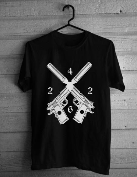 4 226 guns [Tricou]