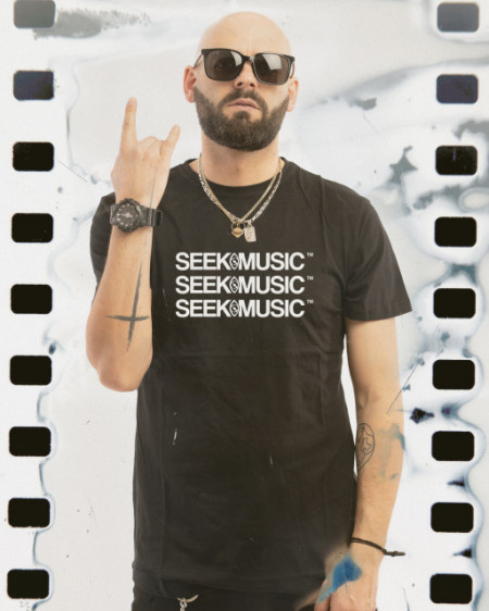 SEEK MUSIC X3 [TRICOU] *Lichidari de stoc*