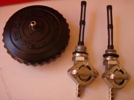 BULTACO PURSANG MK6 GAS TANK AND SIDE PANELS NEW imágenes