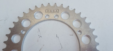 OSSA ENDURO REAR SPROCKET 40T OSSA SUPER PIONEER OSSA MOUNTAINEER imágenes