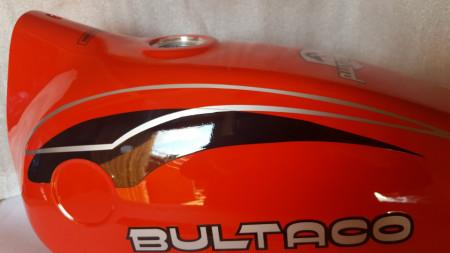BULTACO PURSANG 125cc FULL BODY KIT NEW GASTANK AND SIDE PANELS PURSANG 125 MODEL 162 imágenes