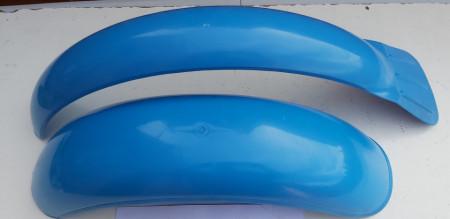 BULTACO SHERPA BLUE FENDERS NEW SHERPA 198 199 FENDERS PLASTIC BLUE imágenes