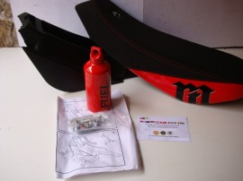 MONTESA 300 RR SEAT TOOL BOX  NEW  MODEL MONTESA 4RT SEAT imágenes