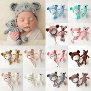 Set de caciulita cu ursulet pentru nou-nascut