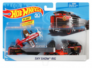 SET CAMION SI MASINA SPORT HOT WHEELS SKY SHOW RIG