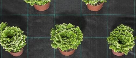 Agrotextil negru 100gr/mp - 4m x 100m, din plastic de calitate superioara, Thrace Nonwovens & Geosynthetics