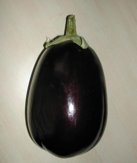 Vinete Tudela F1 (1000 seminte) vinete ce leaga bine la temperaturi joase tip Black Beauty