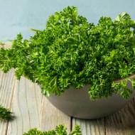 Patrunjel cret (1 kg), seminte de patrunjel cu frunze decorative, crete, aromate, Agrosem