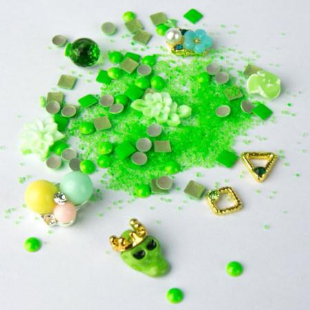 Strasuri unghii mix Neon Verde