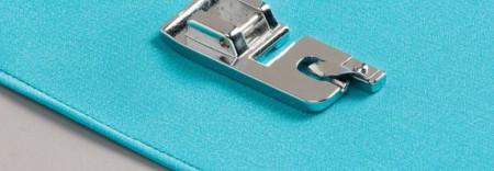 Piciorus pentru cusut tiv drept cu dubla indoire (latime 6 mm) pe materiale subtiri pana la medii
