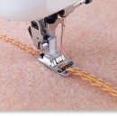Piciorus pentru atasat snururi decorative (1-3 fire) de grosime maxima 1mm