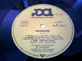 City – албум Dreamland