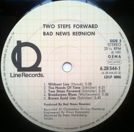 Bad News Reunion – албум Two Steps Forward
