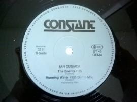 Ian Cussick – сингъл Who Dares Wins