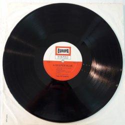 The Petards – албум A Deeper Blue